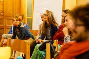Tourenorganisierende stellen ihre Ideen vor, Projekte von 2015 berichten. Alle Touren vom letzten Jahr unter www.solikon2015.org/wandelwoche